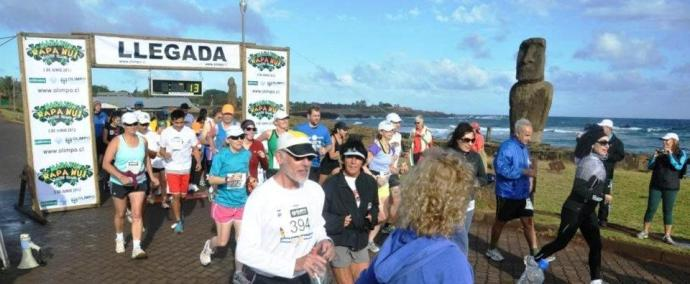 Start of the Easter Island Marathon in Hanga Roa